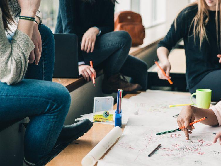 Ecoles de France – Faire grandir les nouvelles générations